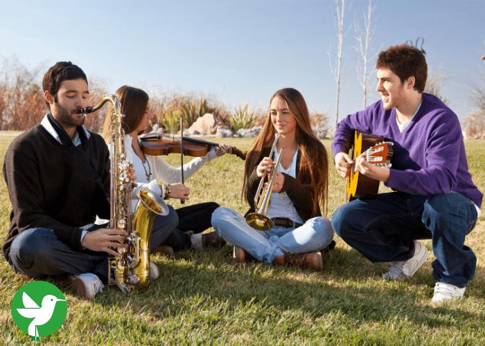 Sortez vos instruments en extérieur